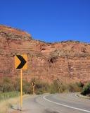 Route scénique avec des flèches Images stock