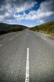 Route scénique dans les montagnes Photographie stock libre de droits