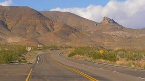Route scénique par le parc national de Death Valley clips vidéos