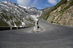 Route serpentine photo libre de droits