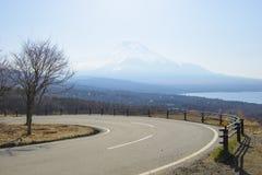 Route sinueuse de montagne photo libre de droits