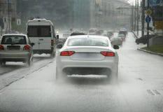 Route sous la pluie Photos libres de droits