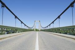 Route sur la passerelle de suspension Photos libres de droits