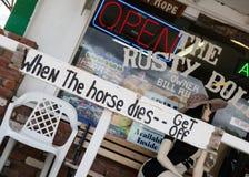 Route 66 -teken op storefront Royalty-vrije Stock Foto's
