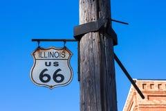 Route 66 undertecknar in Illinois Fotografering för Bildbyråer