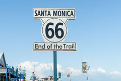 Route 66 västra slut, Santa Monica Pier, Los Angeles, Kalifornien, USA Royaltyfri Foto
