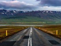 Route vide en Islande Images libres de droits