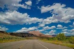 Route vide en parc national Utah de zion Photo libre de droits