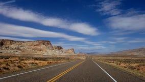 Route vide en Utah, Etats-Unis photographie stock