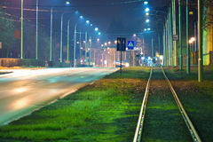 Route vide la nuit Images libres de droits