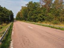 Route vide près de Mariehamn, Aland, Finlande Image libre de droits