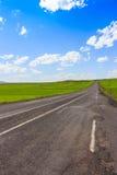 Route, vues ouvertes et temps ensoleillé au voyage Photographie stock libre de droits