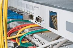Router con una consola serial foto de archivo