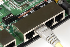 Router e cabo do Ethernet Foto de Stock Royalty Free