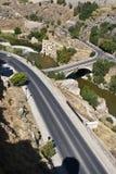 Routes et passerelle au-dessus de fleuve de Tagus Photos libres de droits