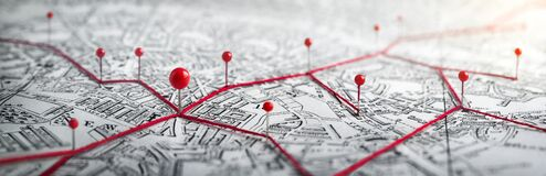 Free Routes With Red Pins On A City Map. Royalty Free Stock Images - 170749199