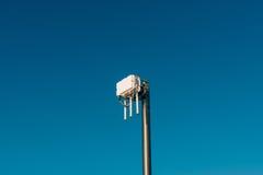 Routeur de wifi de ville L'émetteur de rue du signal d'Internet Image libre de droits