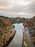 Rovaer在海于格松,挪威- januray 11日2018年:Rovaer群岛在海于格松,挪威的西海岸的 图库摄影