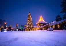 Rovaniemi - 16-ое декабря 2017: Деревня Санта Клауса Rovaniemi, стоковая фотография