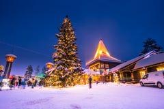 Rovaniemi - 16 décembre 2017 : Village de Santa Claus de Rovaniemi, photos stock