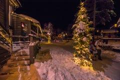 Rovaniemi - 16 dicembre 2017: Villaggio di Santa Claus di Rovaniemi, Immagini Stock Libere da Diritti