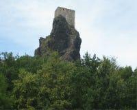 Rovina del castello di Trosky Fotografie Stock Libere da Diritti