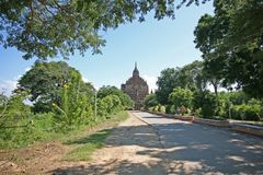 Rovina elevantesi del tempio di Bagan fotografie stock