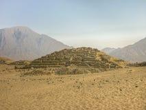 Rovine antiche di Supe di civilizzazione della città di Caral Fotografia Stock Libera da Diritti