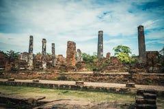 Rovine antiche di vecchio tempio a Ayutthaya Immagine Stock Libera da Diritti