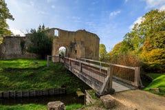 Rovine del castello dei cavalieri in Normandia, Francia Fotografia Stock