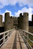 Rovine del castello di Caerphilly, Galles. immagini stock