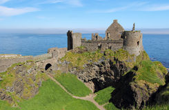 Rovine del castello di Dunluce Fotografie Stock