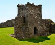 Rovine del castello di Llansteffan Immagini Stock