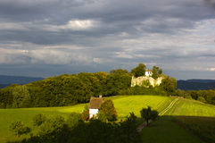 Rovine del castello di Neu-Schauenburg, Frenkendorf Immagini Stock Libere da Diritti