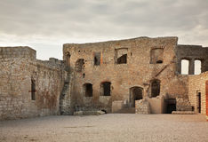 Rovine del castello in Kazimierz Dolny poland fotografie stock