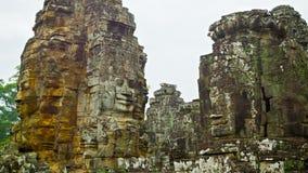 Rovine del complesso del tempio antico di Bayon. Angkor Thom, Cambogia video d archivio