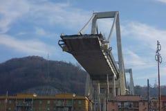 Rovine del ponte di Ponte Morandi a Genova immagini stock libere da diritti