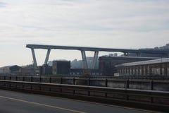 Rovine del ponte di Ponte Morandi a Genova fotografia stock libera da diritti