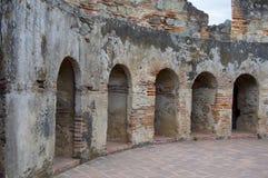 Rovine dell'Antigua Guatemala, convento fotografie stock