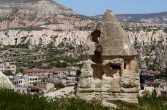 Rovine della casa antica della caverna, tipiche per Cappadocia, Goreme, Turchia Immagine Stock Libera da Diritti