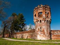 Rovine della città complessa architettonica di Fedorovsky in Tsarskoye Fotografie Stock