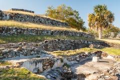 Rovine della città Quiahuiztlan, stato del pre-latino-americano di Veracruz immagini stock
