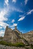 Rovine della cittadella di Berat, Albania, giorno di molla fotografia stock