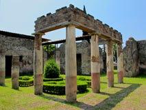 Rovine della colonna in Pomeii, Italia Fotografie Stock Libere da Diritti