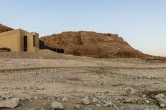 Rovine della fortezza antica di Massada sulla montagna vicino al mar Morto in Israele del sud Fotografie Stock