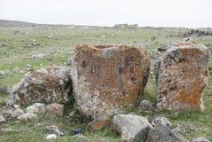 Rovine della pietra nel san Zoravar della chiesa Fotografia Stock