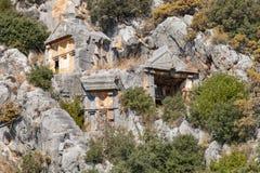 Rovine della tomba della roccia di Myra a Demre fotografie stock libere da diritti