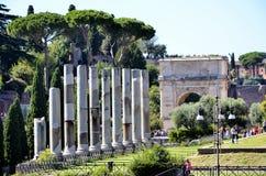 Rovine della tribuna romana fotografia stock