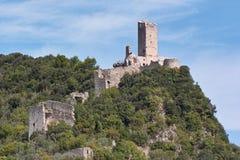 Rovine delle fortezze medioevali Immagini Stock Libere da Diritti