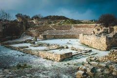 Rovine di Chersonese in neve Fotografie Stock Libere da Diritti